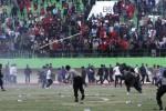 RUSUH SUPORTER : Laga Persis vs Martapura FC Rusuh, Kubu Persis Salahkan Wasit