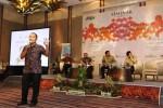 FOTO SEMINAR PERAN LEMBAGA PEMERINTAH : Pemred Bisnis Indonesia Bicara Stabilitas Ekonomi