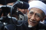 FOTO KONFLIK INTERNAL PPP : Kiai Maimun Zubair Dukung PTUN