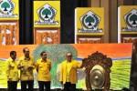 KONFLIK INTERNAL PARTAI GOLKAR : Ical Optimistis Kemenkum HAM Sahkan Munas Bali