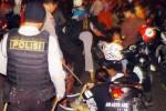 FOTO TAHUN BARU 2015 : Pengonsumsi Miras Malam Tahun Baru Dirazia