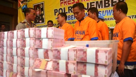 UANG PALSU : Uang Palsu Naik 21%, BI Malang Waspadai Sindikat