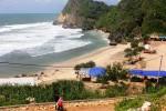 Terjepit Karang di Pantai Nguyahan, Wisatawan Patah Kaki