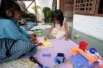 Main Dokter-Dokteran Bermanfaat Besar Bagi Anak