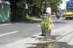 FOTO JALAN RUSAK SUKOHARJO : Begini Sukoharjo Amanan Jalan Rusak