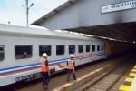 MUDIK LEBARAN 2015 : Arus Balik Mulai Terasa di Stasiun Madiun