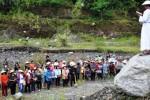 FOTO PASKAH 2015 : Ini Jalan Salib Kontemporer di Magelang