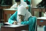 HASIL UN 2015 : Kelulusan Ditentukan Sekolah, Dinas Telat Terima Info