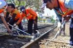 HARI NAYAL 2015 : Penumpang Kereta Natal Madiun Diprediksi Naik 2%