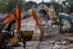 PASAR DARURAT KLEWER : Pemkot Benahi Batas Bangunan Pasar Klewer