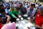 FOTO PERNIKAHAN GIBRAN-SELVI : Begini Jenang Sumsum Pak Jokowi Mantu
