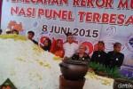 NASI PUNEL PASURUAN : Wow, Ada Nasi Punel Raksasa di Pasuruan