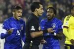SANKSI NEYMAR : Dibela Mascherano, Dikecam Ronaldo