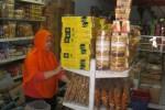 Toko menjual makanan ringan di Sukoharjo. (JIBI/Solopos/Rudi Hartono)