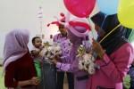 FOTO HARI ANAK NASIONAL : Boneka dan Balon bagi Pasien Anak
