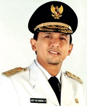 SUAP HAKIM PTUN MEDAN : Datang ke KPK, Gubernur Sumut Bungkam