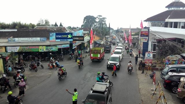 LALU LINTAS KARANGANYAR : Tawangmangu Padat