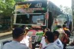 MUDIK LEBARAN 2015 : 4 Bus Diusir dari Terminal Purabaya