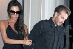 SPORTAINMENT : Beckham-Victoria Bantah Pisah Rumah