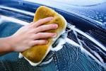 TIPS OTOMOTIF : Awas, Ini Bahaya Cuci Mobil Pakai Spons!