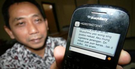 FOTO PILKADA 2015 : Ketua KPU Kediri Diancam…