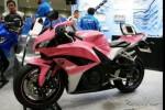 MODIFIKASI MOTOR : Begini Kalau Honda CBR600RR Tampil Feminin