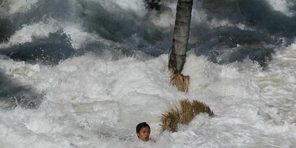 Waspada, BMKG Sebut Ada Potensi Tsunami 18 Meter di Banyuwangi