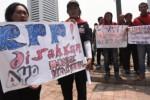 UPAH BURUH : Mensesneg Janji Teruskan Aspirasi Buruh kepada Presiden