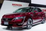 MOBIL HONDA : Honda Clarity, Big Sedan Saingan Toyota Mirai