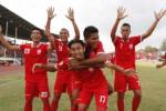 PLUMBON CUP 2015 : PSBK 1-2 Persis Solo: Berkah Lapangan Tergenang, Maju ke Semifinal