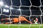 LIGA CHAMPIONS : Kemenangan Arsenal atas Bayern Berkat Aksi Heroik Cech