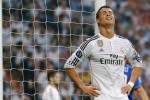 KABAR PEMAIN : Jatuh Saat Latihan, Ronaldo Bikin Waswas