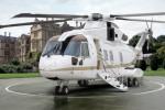 HELIKOPTER KEPRESIDENAN : Kemahalan, Jokowi Tolak Helikopter Italia