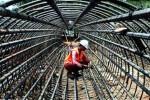 INFRASTRUKTUR JATENG : Bangunan Jalan dan Jembatan, Pemprov Jateng Teken Kontrak Rp20 M