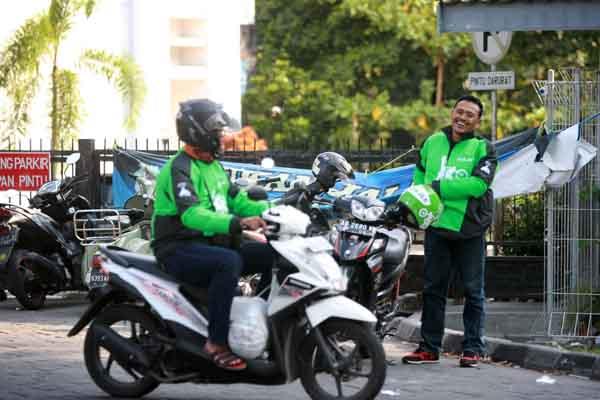 Ilustrasi Pengemudi Gojek mengantar barang pesanan di GoMart. (Desi Suryanto/JIBI/Harian Jogja)