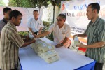 KEBUTUHAN POKOK : 30 Ton Gula Murah Digelontorkan ke Soloraya