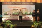 PASAR OTOMOTIF : Proyek Pemerintah Dongkrak Penjualan Truk Molen Hino