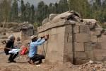 PENINGGALAN BERSEJARAH : Ahli Purbakala Lakukan Penelitian Lanjutan Situs Liyangan