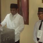 PILKADA BOYOLALI 2015 : Jalan Kaki ke TPS, Sugiyarto: Saya Coblos No. 2