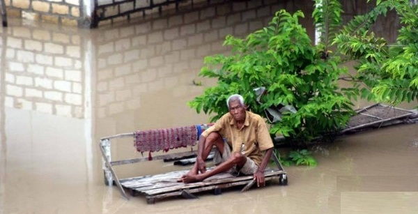 BANJIR BENGAWAN SOLO : Bojonegoro, Tuban dan Lamongan Waspada Banjir Bandang