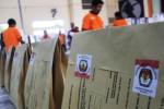 PILKADA WONOGIRI : 6 Truk Distribusikan Logistik Pilkada