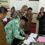 PEMBANGUNAN DESA : Apdesi Gandeng AGP Berdayakan Keluarga Desa