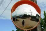 LALU LINTAS MADIUN : Warga Madiun Butuh Cermin Cembung untuk Jalan Kampung