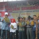 FESTIVAL DURIAN SEMARANG : Durian Seberat 5,3 Kg Jadi Yang Terbesar di Mijen