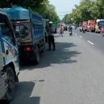 TAHUN BARU 2016 : Polisi Ngawi Hentikan Truk-Truk Bukan Bermuatan Sembako
