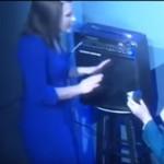 "VIDEO LUCU YOUTUBE : Momen ""Awkward"" Saat Komika Ditolak Cewek di Panggung"