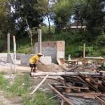 INFRASTRUKTUR KARANGANYAR : PKL & Warga di Ring Road Mulai Bongkar Bangunan