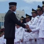 PELANTIKAN KEPALA DAERAH : Gubernur Ajak 17 Kepala Daerah Tuntaskan Kemiskinan