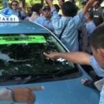 POLEMIK TAKSI UBER-GRAB : Sopir Taksi Tak Ikut Demo Kena Lemparan, Ini Pernyataan CEO Gojek