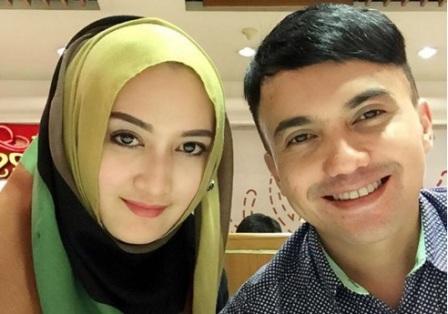 "RUMAH TANGGA ARTIS : Jelang Sidang Cerai, Sahrul Gunawan Masih Sebut Istri ""Kesayangan"""